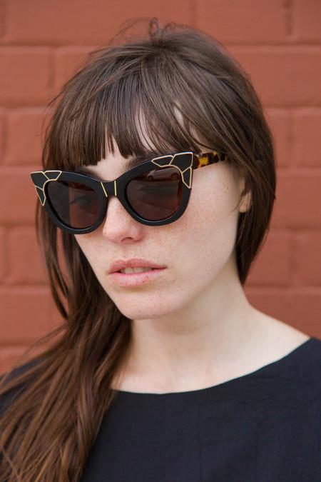 pared eyewear pared puss & boots sunglasses