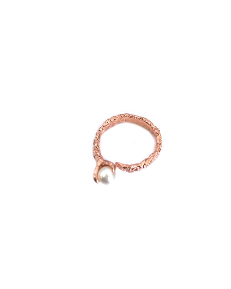 Unearthen Mini Sphere Ring in Rose Gold with Pearl