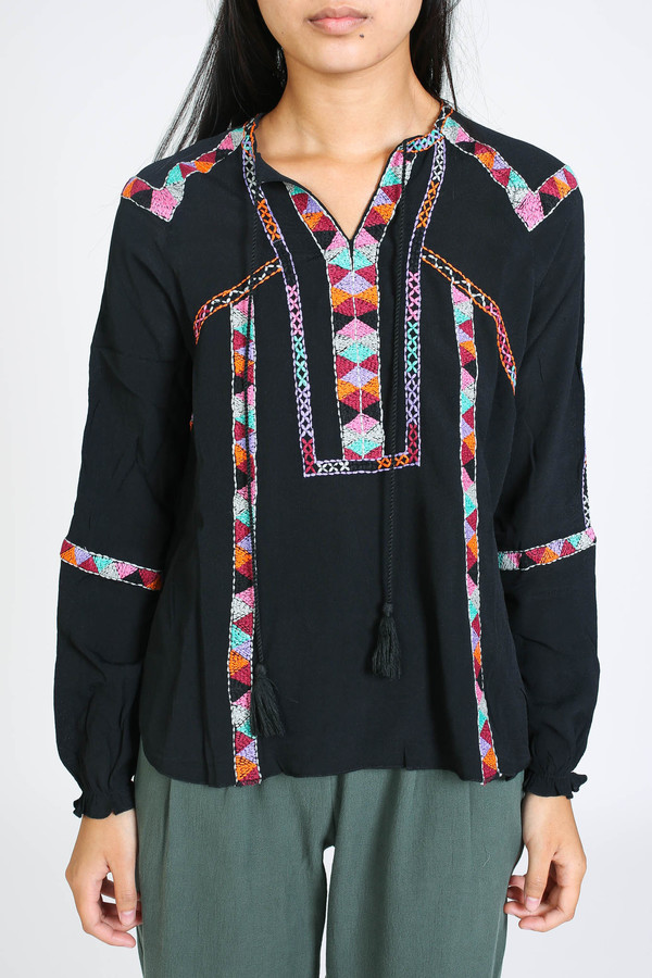 Antik Batik Dawi blouse in black