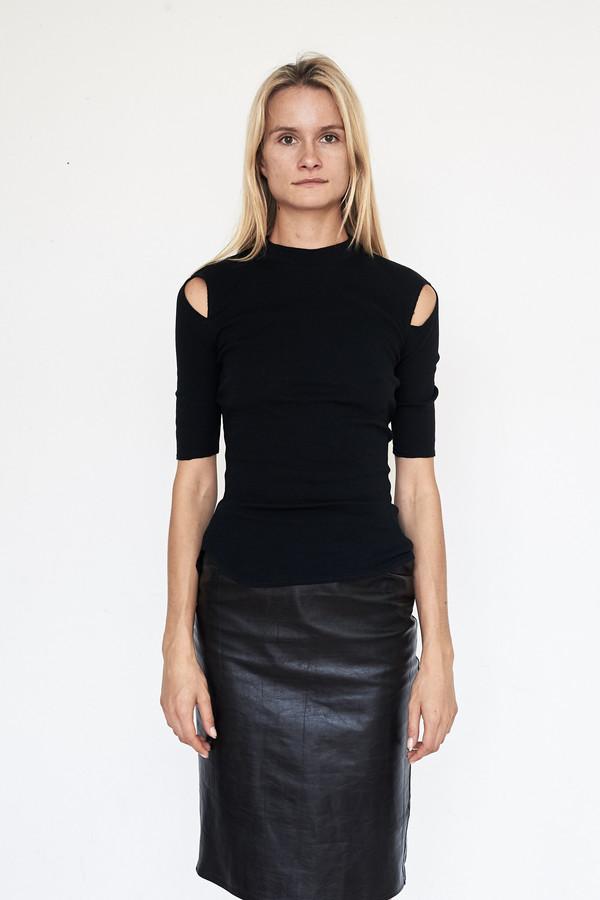 Tosia Rib Knit Emin Tee - Black