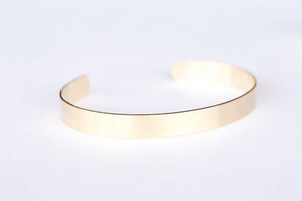 Favor Basic Brass Cuff