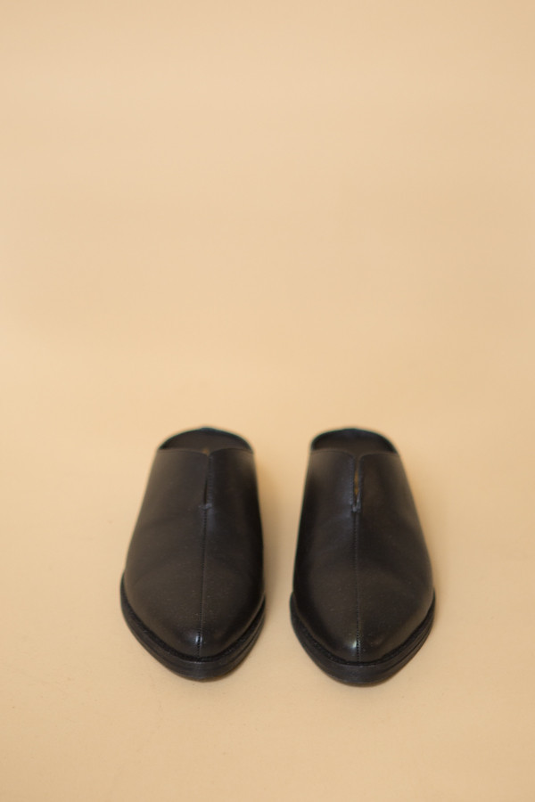 Intentionally Blank Split Mule in Black