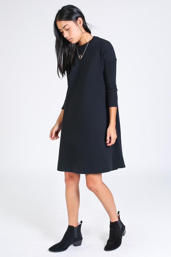 Ursa Minor Fallon dress in black
