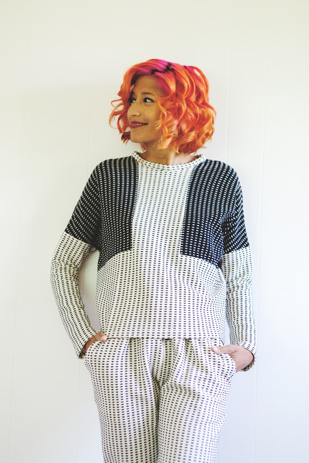 Eve Gravel Eclipse Sweater