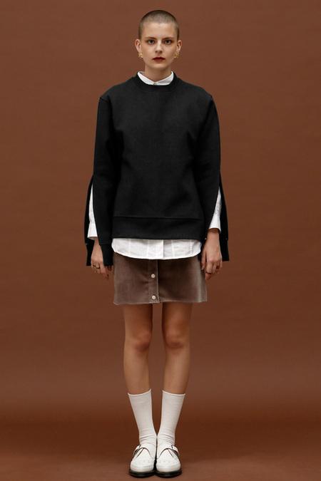 ROCKET LUNCH Slit Sweatshirt- Black