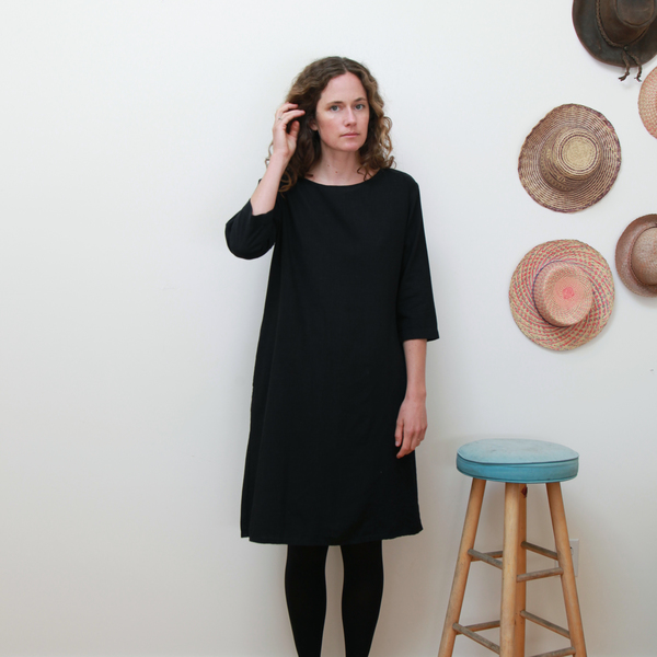 Me & Arrow 3/4 Sleeve Tall Dress - Black