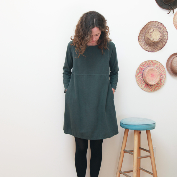 Me & Arrow Basic Dress Ivy