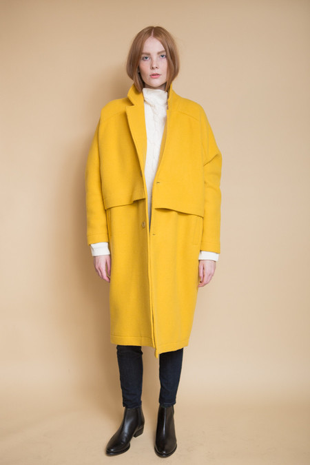 Reality Studio Roger Coat - Yellow