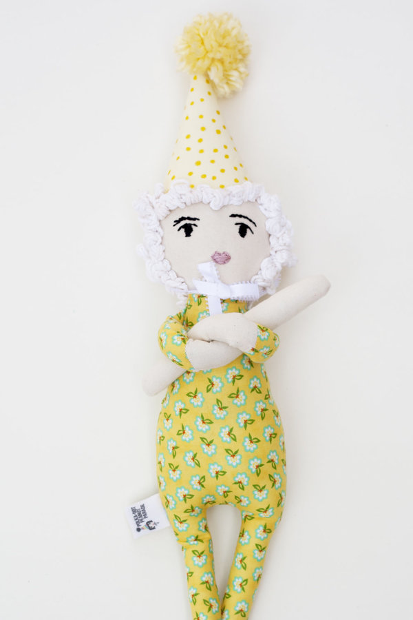 Polka-Dot Peanut Parade parade party doll - sammy