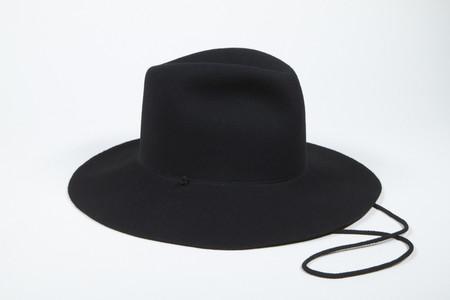 Clyde Wide Brim Pinch Hat w. Drawstring in Black