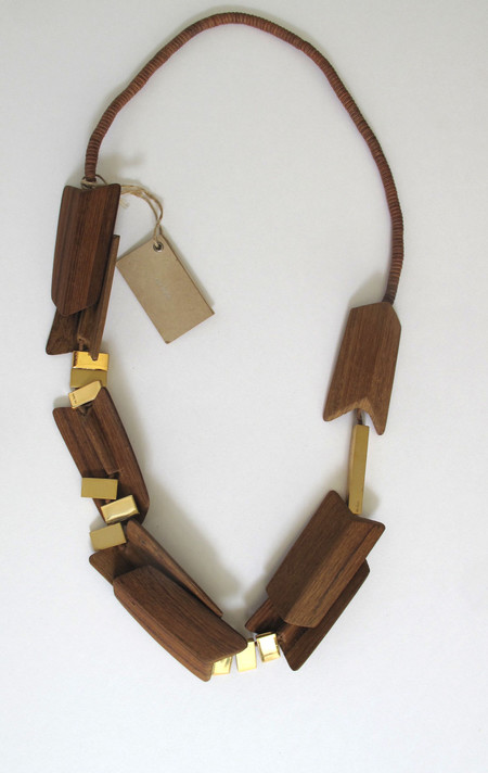 Two New York En Inde Wooden Necklace