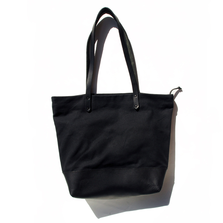 AW By Andrea Wong ANACORTES BAG   BLACK