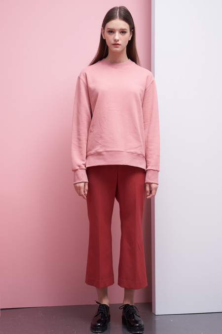 LOOKAST Basic Sweatshirt- Pink