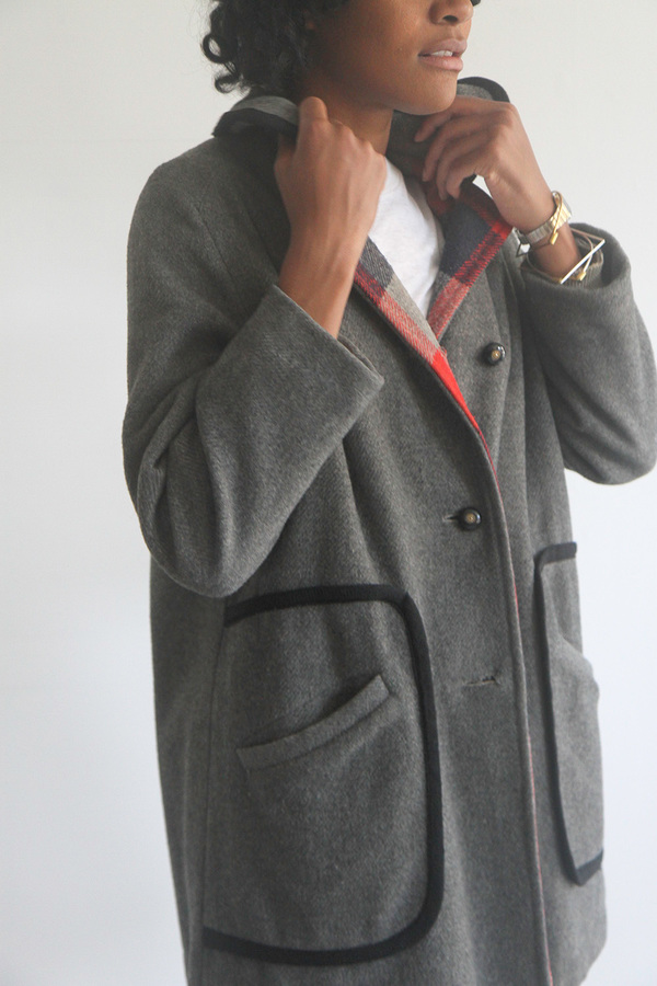 Rawson Vintage Grey Wool Coat with Black Piping