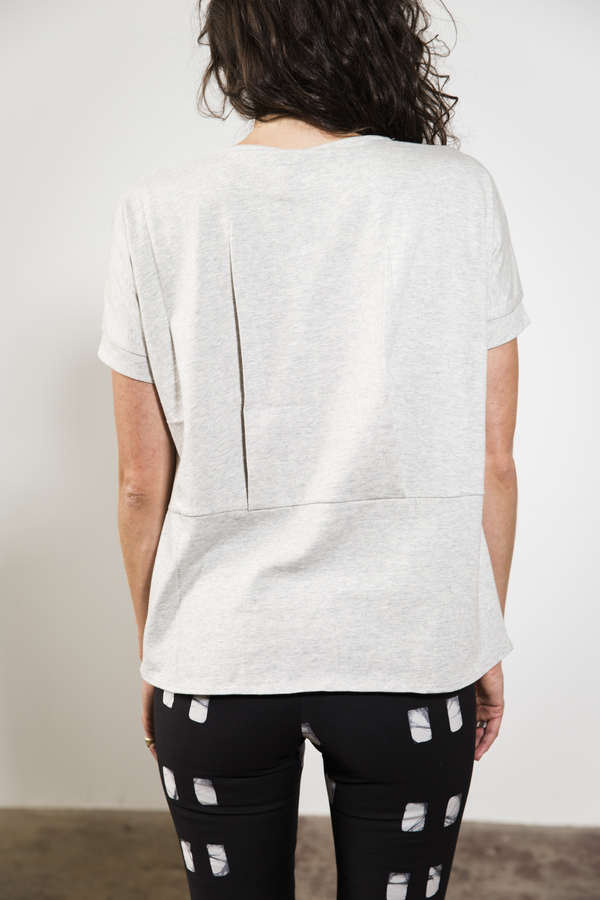 Elk PLEAT BACK TEE