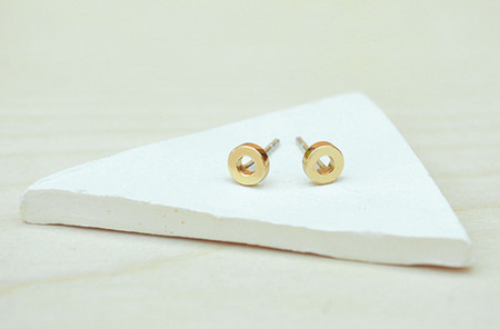 Bing Bang NYC O studs - Gold or Silver