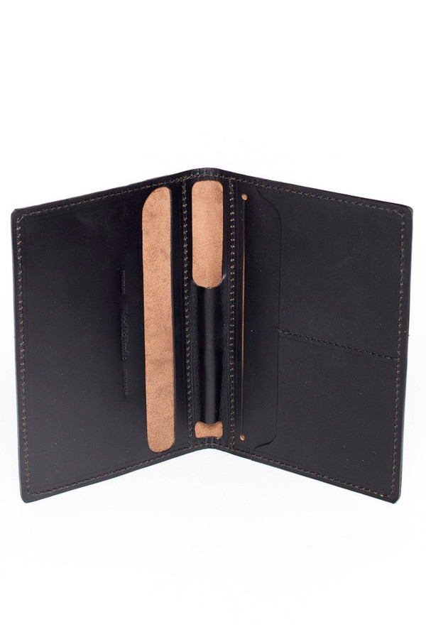 Wood & Faulk Traveler Wallet Black