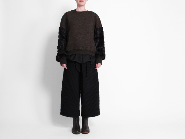 Berenik Fur Sleeve Sweatshirt
