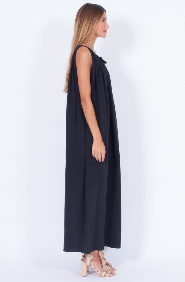 BLACK SILK LONG DRESS (ONE SIZE)
