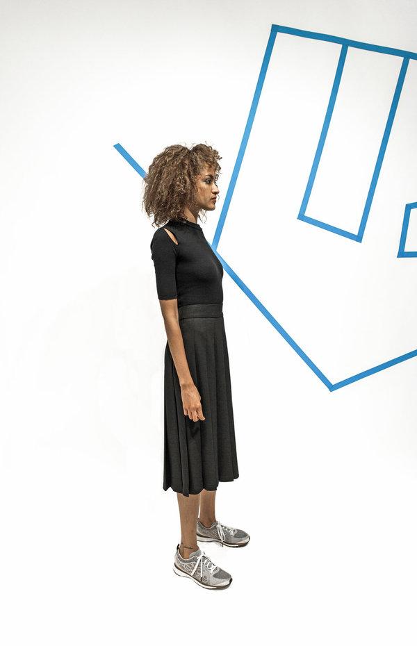 Nomia Midi Pleated Skirt - Black