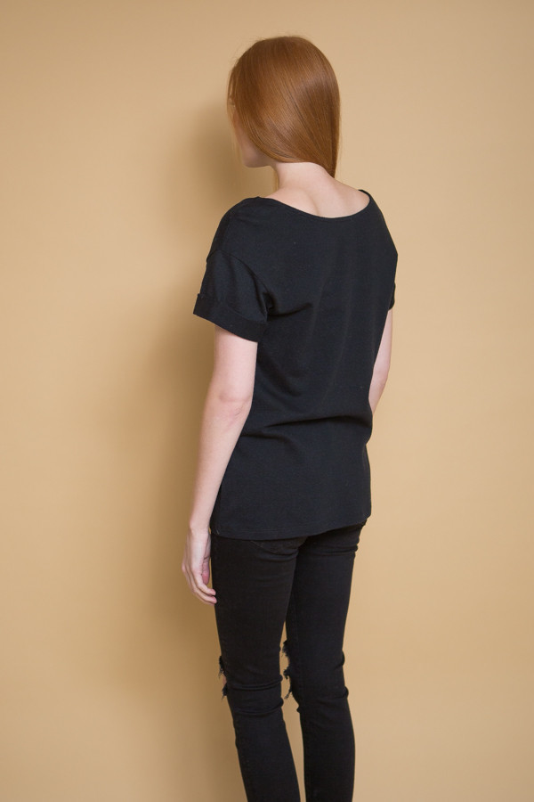 Ali Golden Roll Sleeve T-Shirt / Black