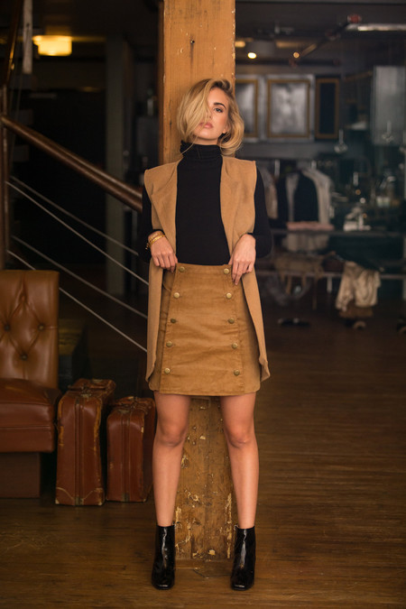 BETWEEN TEN Hardy Corduroy Skirt