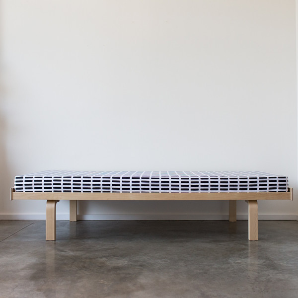 710 DAYBED