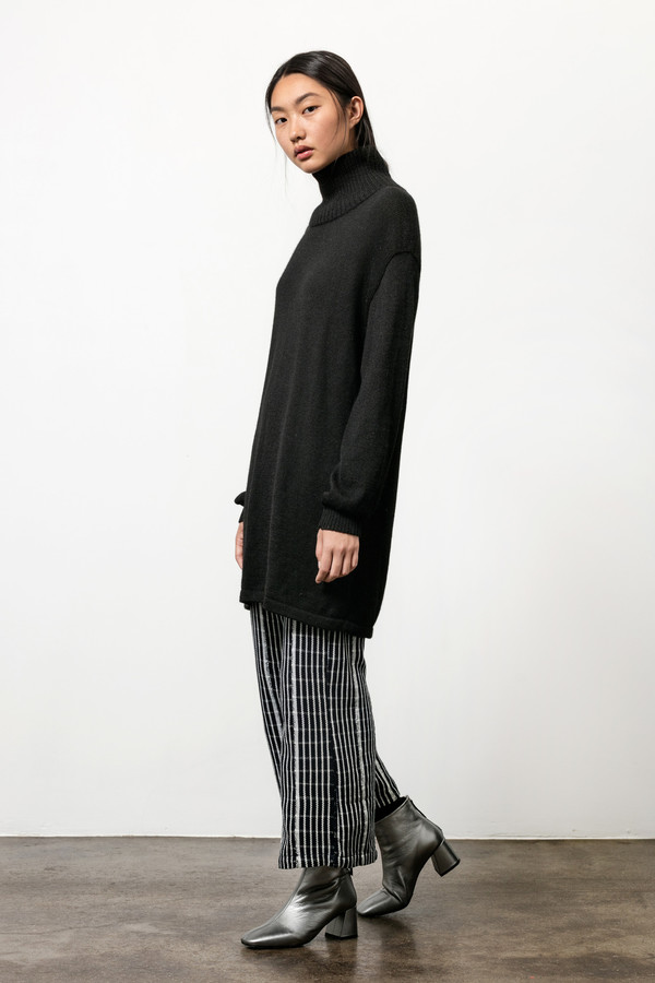 Osei-Duro Alpaca Turtneck Tunic in Black