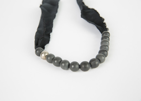 Hannes Roether Single Strand Beton Necklace