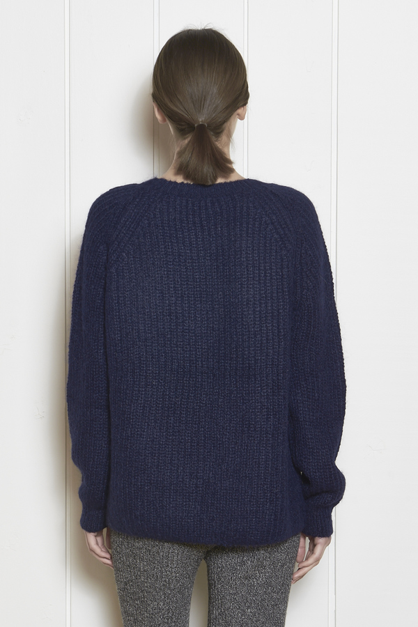 Eleven Six KATE VEE SWEATER