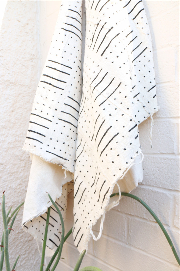 Mudcloth in White