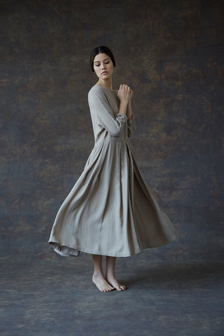 Black Crane Pleated Dress - Cement