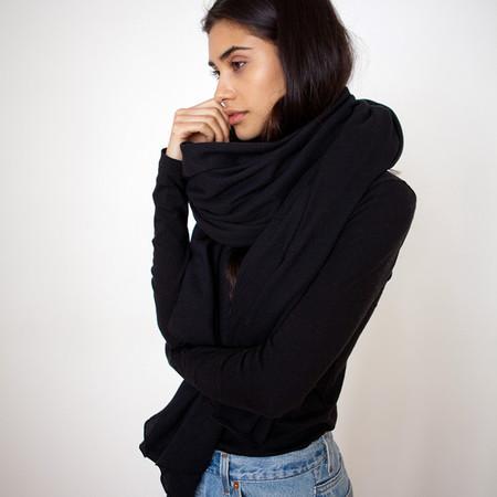 Donni Charm Thermal Blanket Scarf - Black