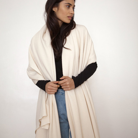 Donni Charm Thermal Blanket Scarf - Creme