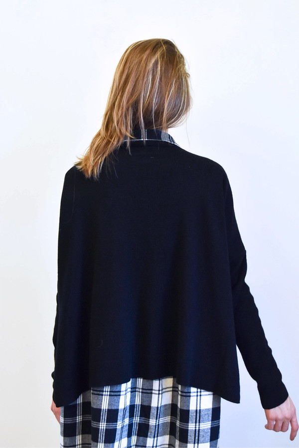 Creatures Of Comfort Boxy Cashmere Sweater in Black