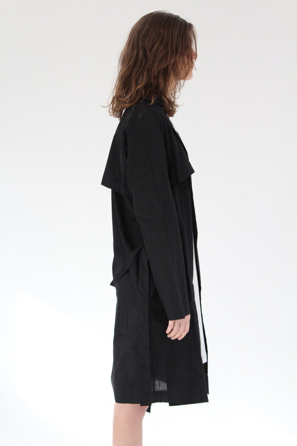 Kowtow Shutter Trench Black