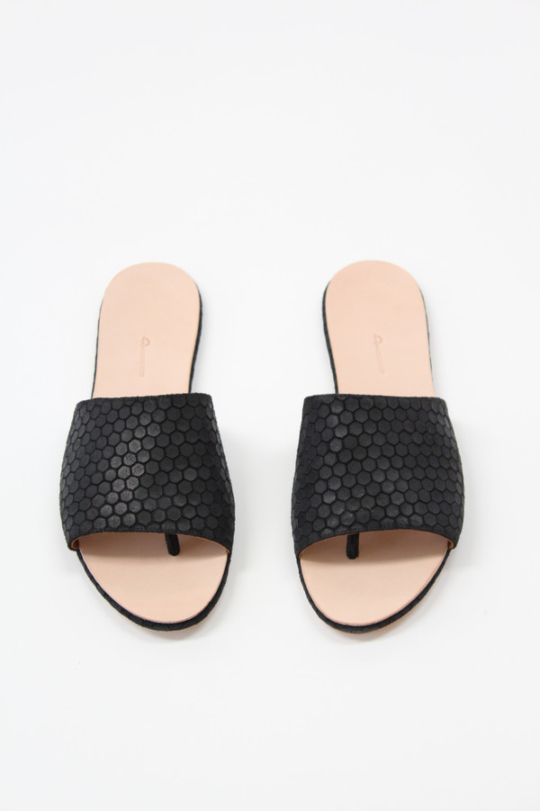 The Palatines Palatines Caelum Slide Sandal Black Hex