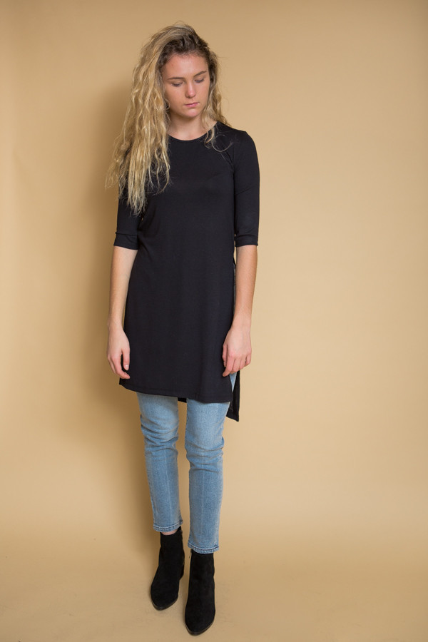Just Female Gusty Long Tee - Black