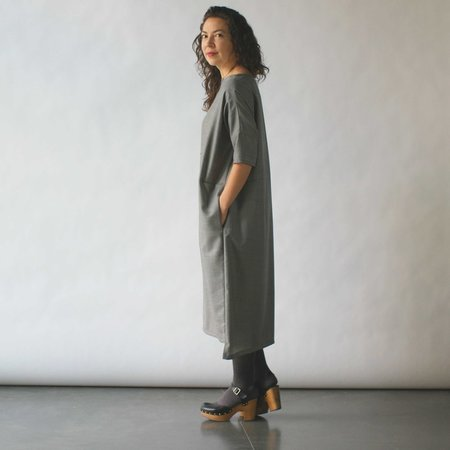 Lu. Revel Dress in Concrete