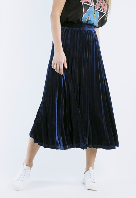 ROCKET X LUNCH Velvet Pleated Skirt in Navy