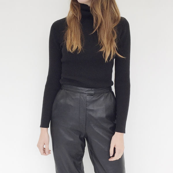Johan VIntage Black Ribbed Turtleneck