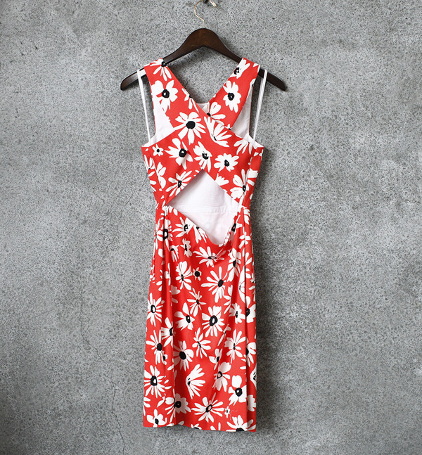 Blaire Dress with Painted Daisy Pattern
