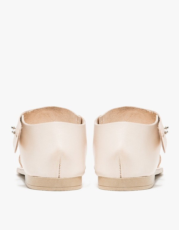 Intentionally Blank FIUME Natural Leather