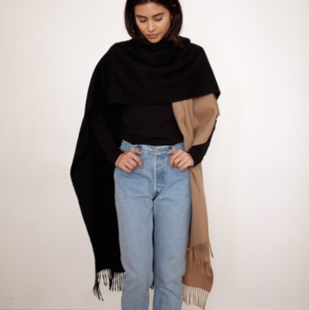 DONNI CHARM HERO WOOL IN BLACK/CAMEL