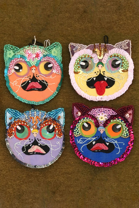 "POTION23 EMBROIDERY ""Praline at Mealtime"" Cat Face Patches"