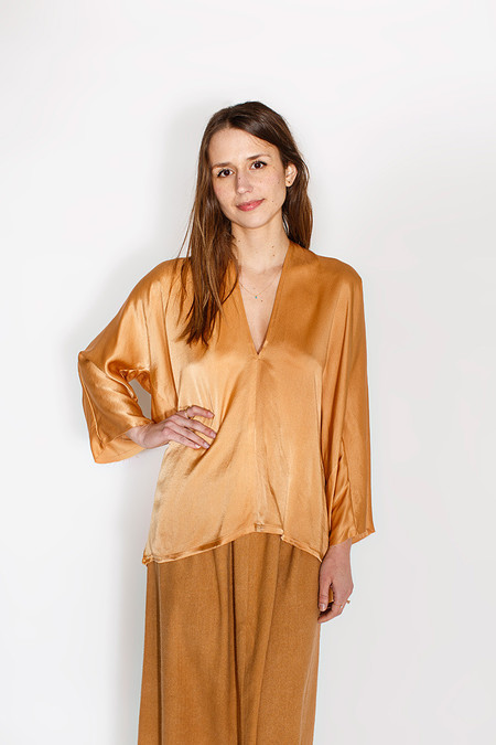 Miranda Bennett Muse Top - Silk Charmeuse in Sand