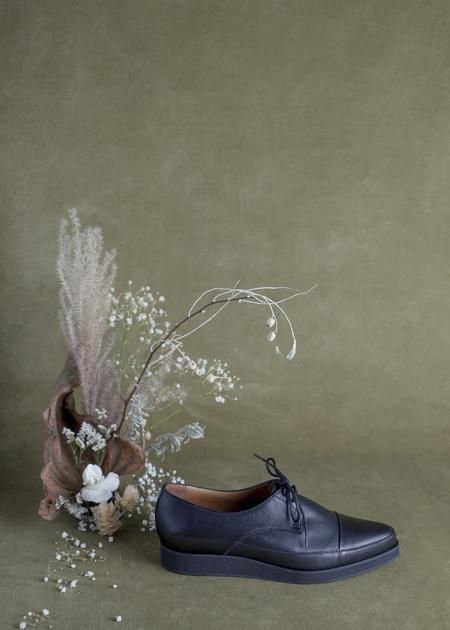 Anne Thomas London Shoe - Black