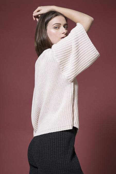 Odeyalo Parvis Pink Knit Sweater