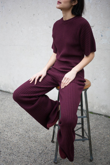 Creatures of Comfort Ribbed Knit Pant in Plum