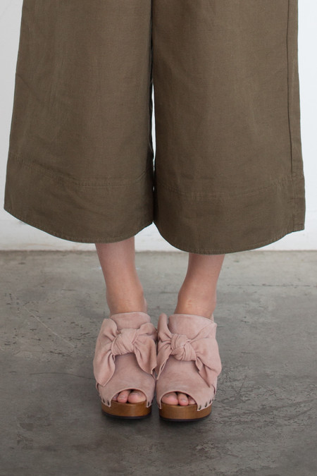 Ulla Johnson Stevie Clog in Rose Suede